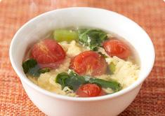 チンゲン菜とたまごの中華スープ
